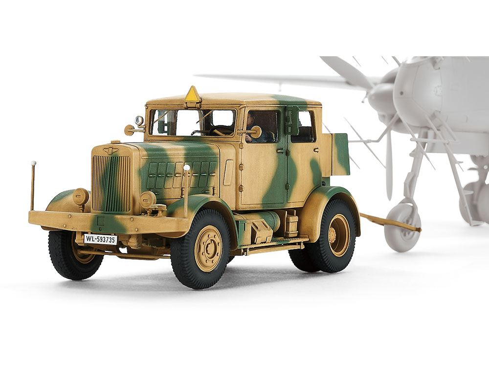 1/48 SCALE GERMAN HEAVY TRACTOR SS-100