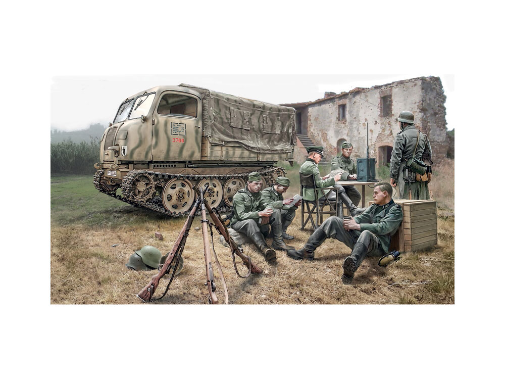 6549S Steyr RSO/01 with German soldiers